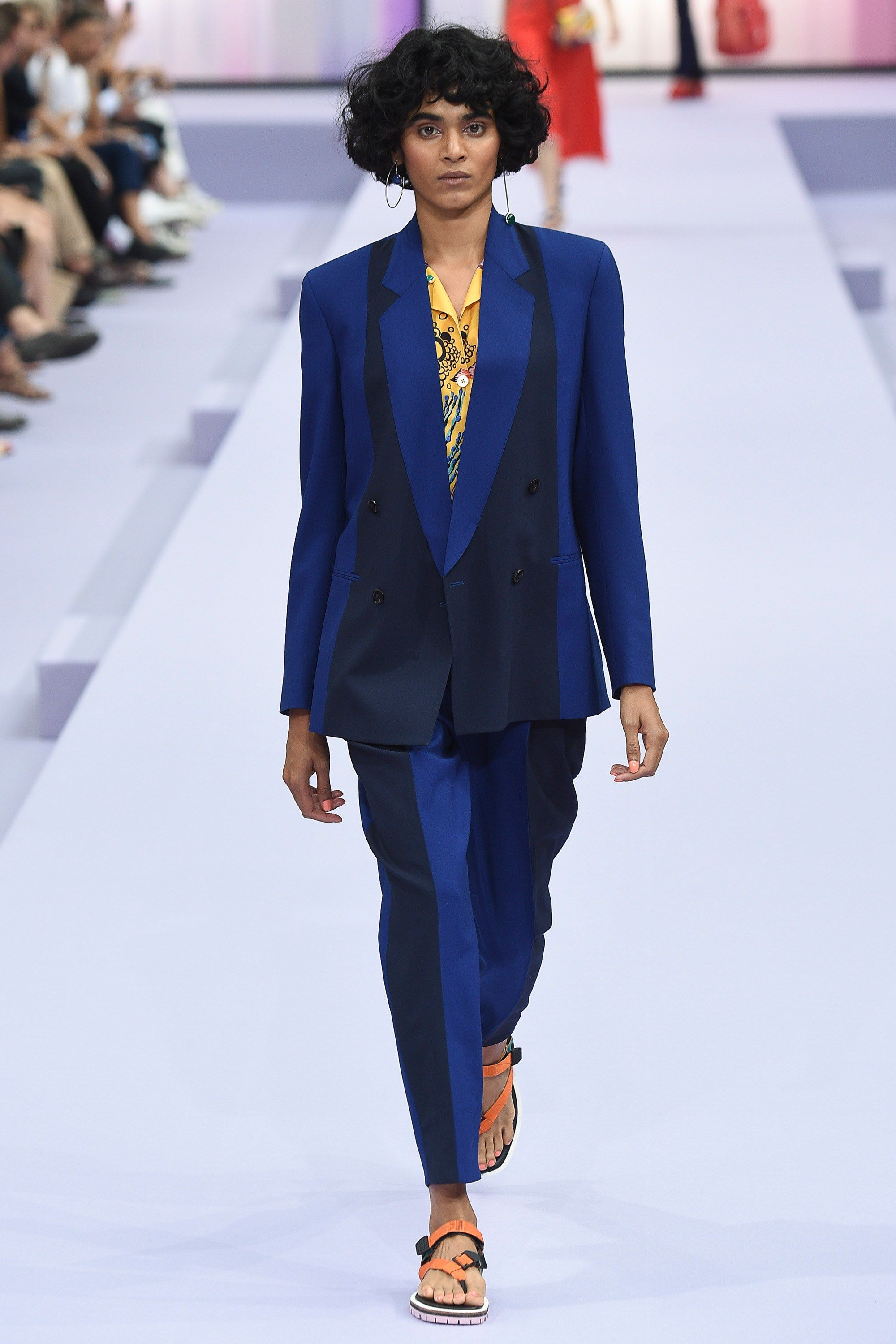 Paul Smith Spring 2018 Ready-to-Wear Collection Photos - Vogue 68446d8a483