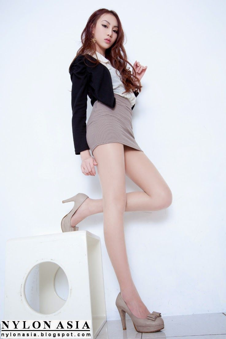 Short Skirt Pantyhose Asian 57