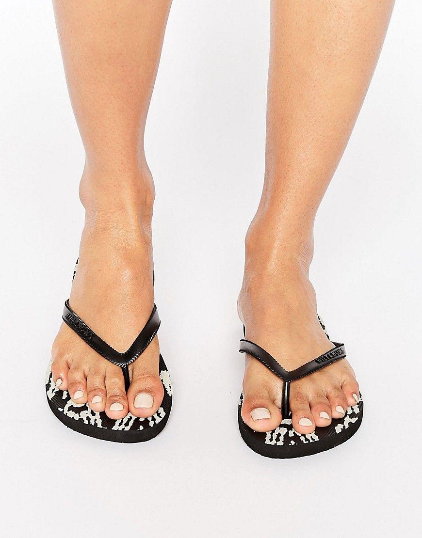 c3fe2d06902440 Get this Billabong s flip flops now! Click for more details. Worldwide  shipping. Billabong