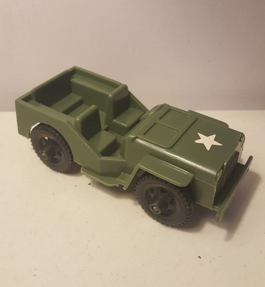 Jeep toys images  Timmee toys Army Jeep Molded Plastic Illinois Aurora all wheels
