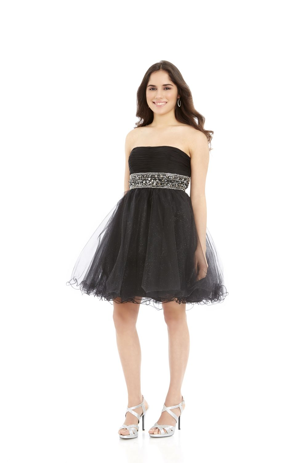 Have you ever wanted to BORROW a dress for your next occasion? Calling all tweens and teens: this is the spot! Borrow this Dave & Johnny Party Dress today!