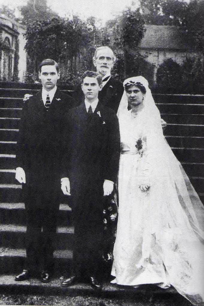 The Hohenberg children on Sophie´s wedding in 1920 ...