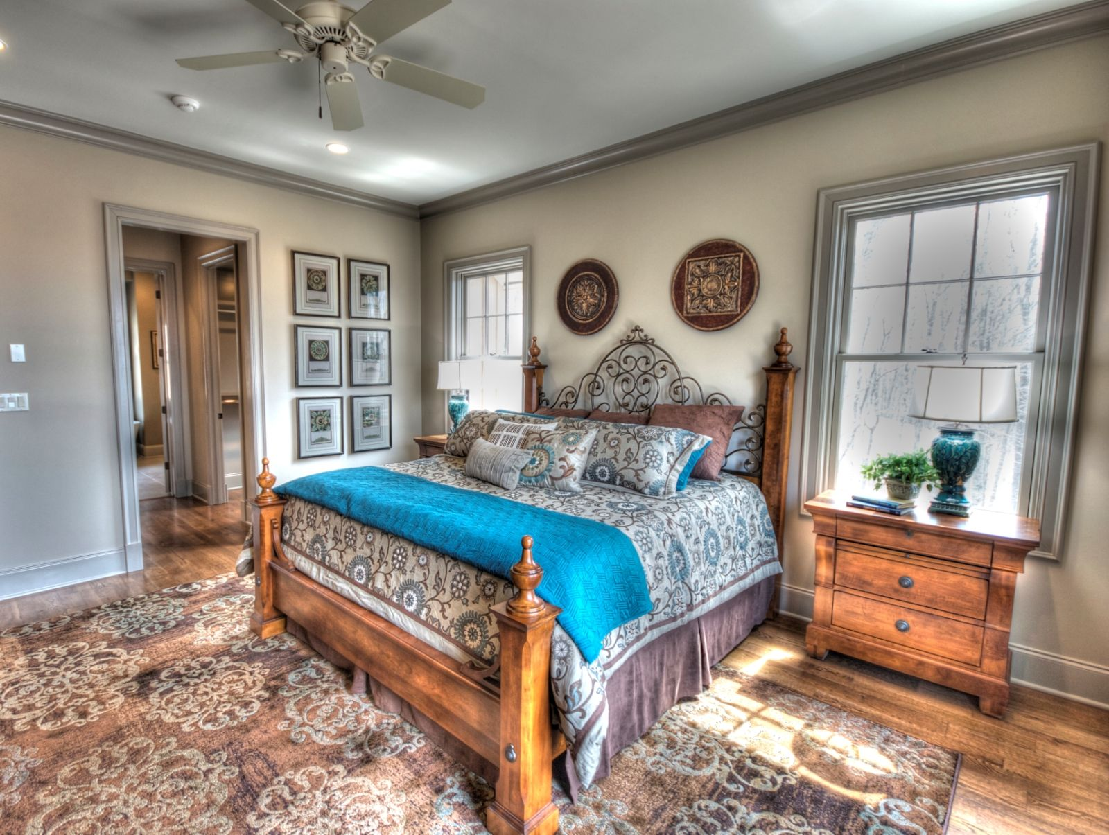 Master Bedroom Idea ~ Rug is awesome