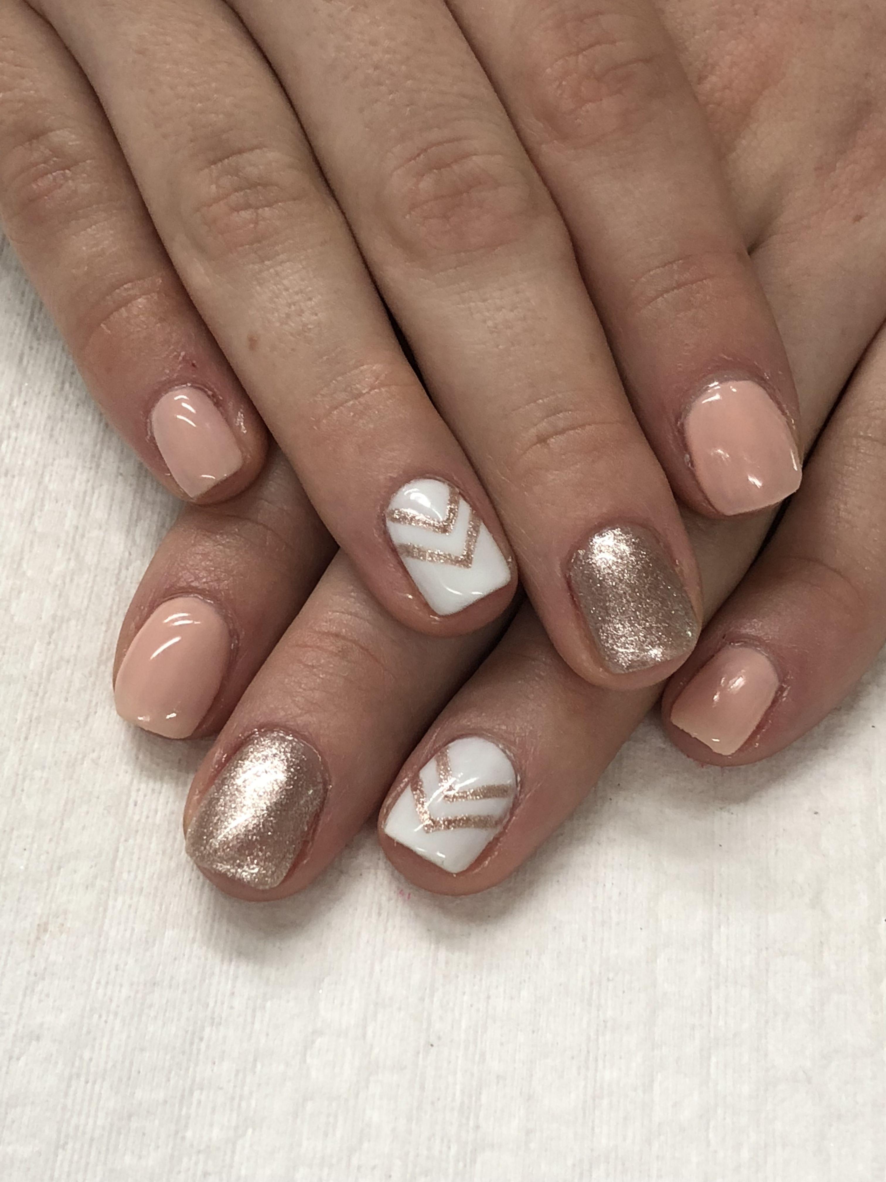 Spring Summer Peach Rose Gold Gel Nails Unas De Gel Doradas Disenos De Unas Unas De Gel