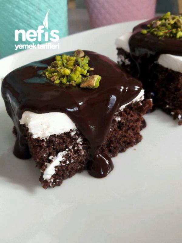 Hayır Diyemeyeceğiniz Fincanda Çikolatalı Soslu Kek 85
