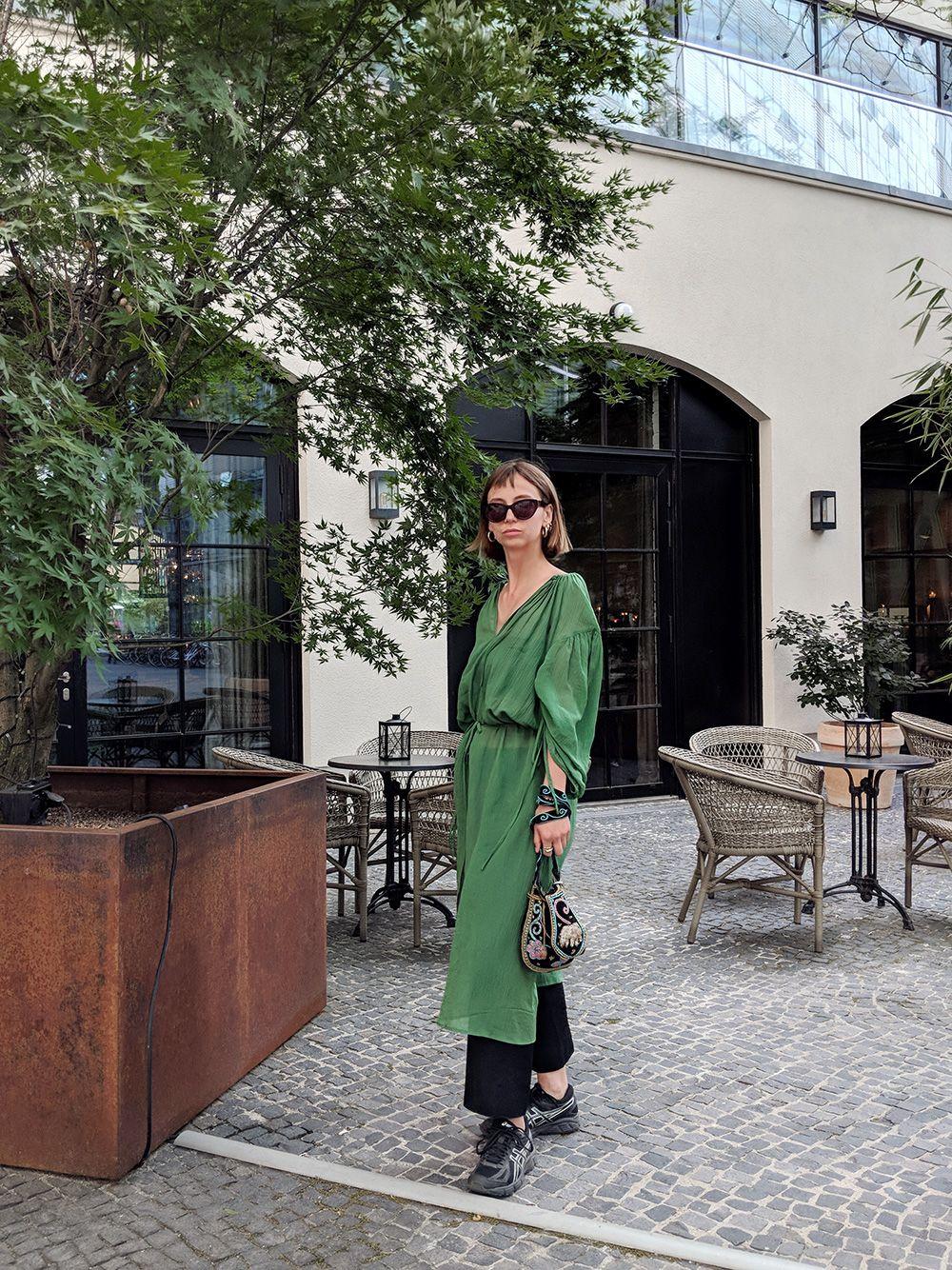 outfit: modische identitätskrisen & grüne kleider - amazed