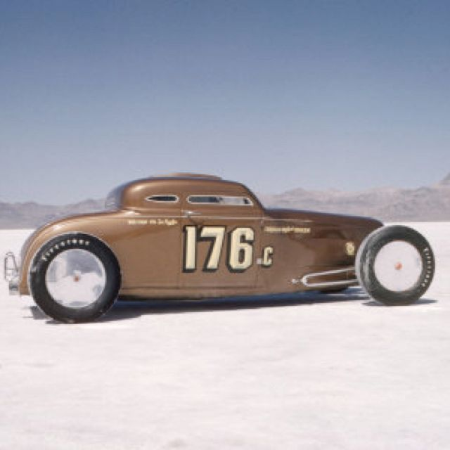 Bonneville salt flat racer