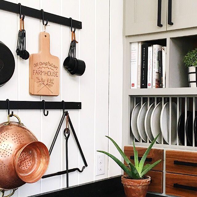 joanna gaines design fixer upper home waco tx farmhouse kitchen minimalist country on farmhouse kitchen joanna gaines design id=54273