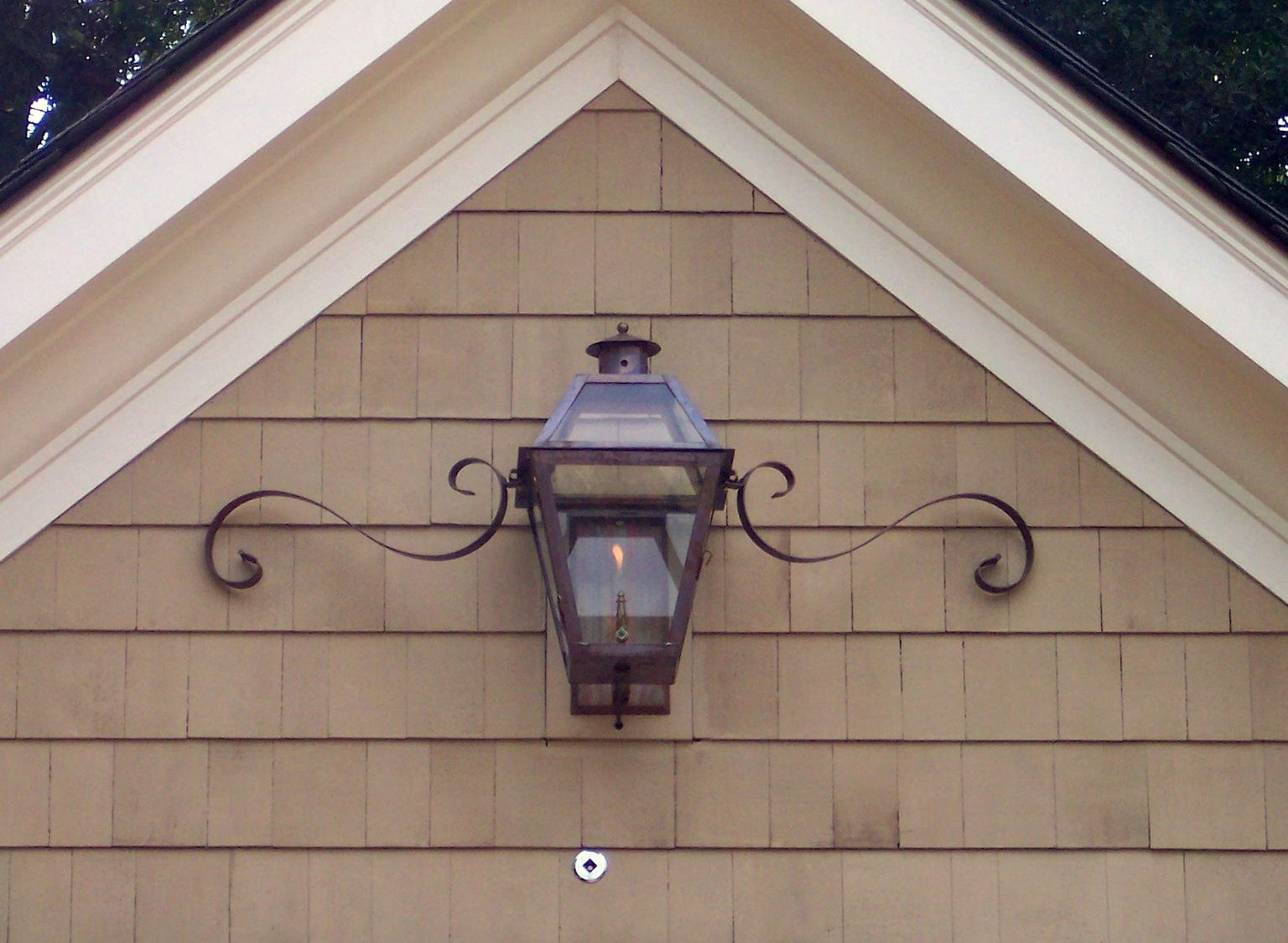 ABOVE THE SINGLE GARAGE - CH-22 Charleston Wall Mount with ...