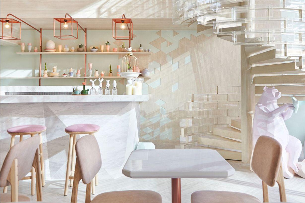 漾起清甜雅逸感!玫瑰金   木材設計,它是間一眼便立即迷戀上的泰國甜品店!