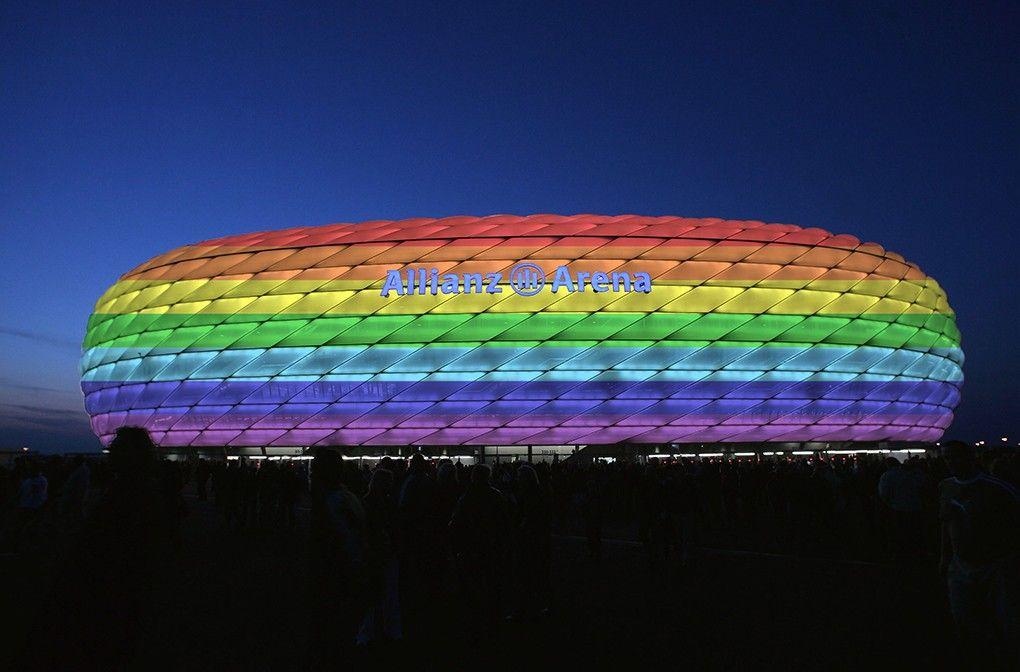 Zum Christopher Street Day: Allianz Arena leuchtet in Regenbogenfarben | abendzeitung-muenchen.de