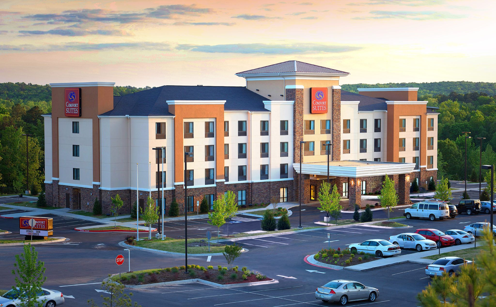 Pin By Devontierney On City Model In 2020 Hotel Exterior Comfort Inn And Suites City Model