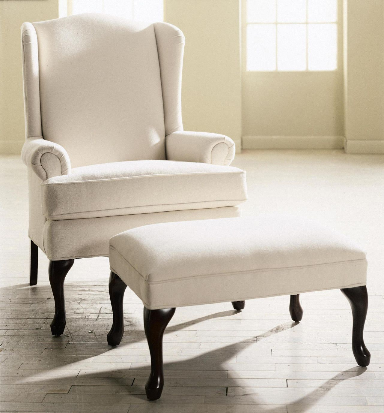 Small Bedroom Chair With Ottoman Interior Design