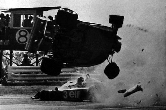 #fb #Formula1 Video: The forgotten crash – Villeneuve and Peterson, Japanese Grand Prix 1977