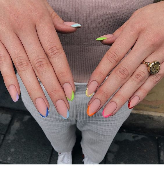 Cute Colors For The Tips Miladies Net Perfect Nails Instagram