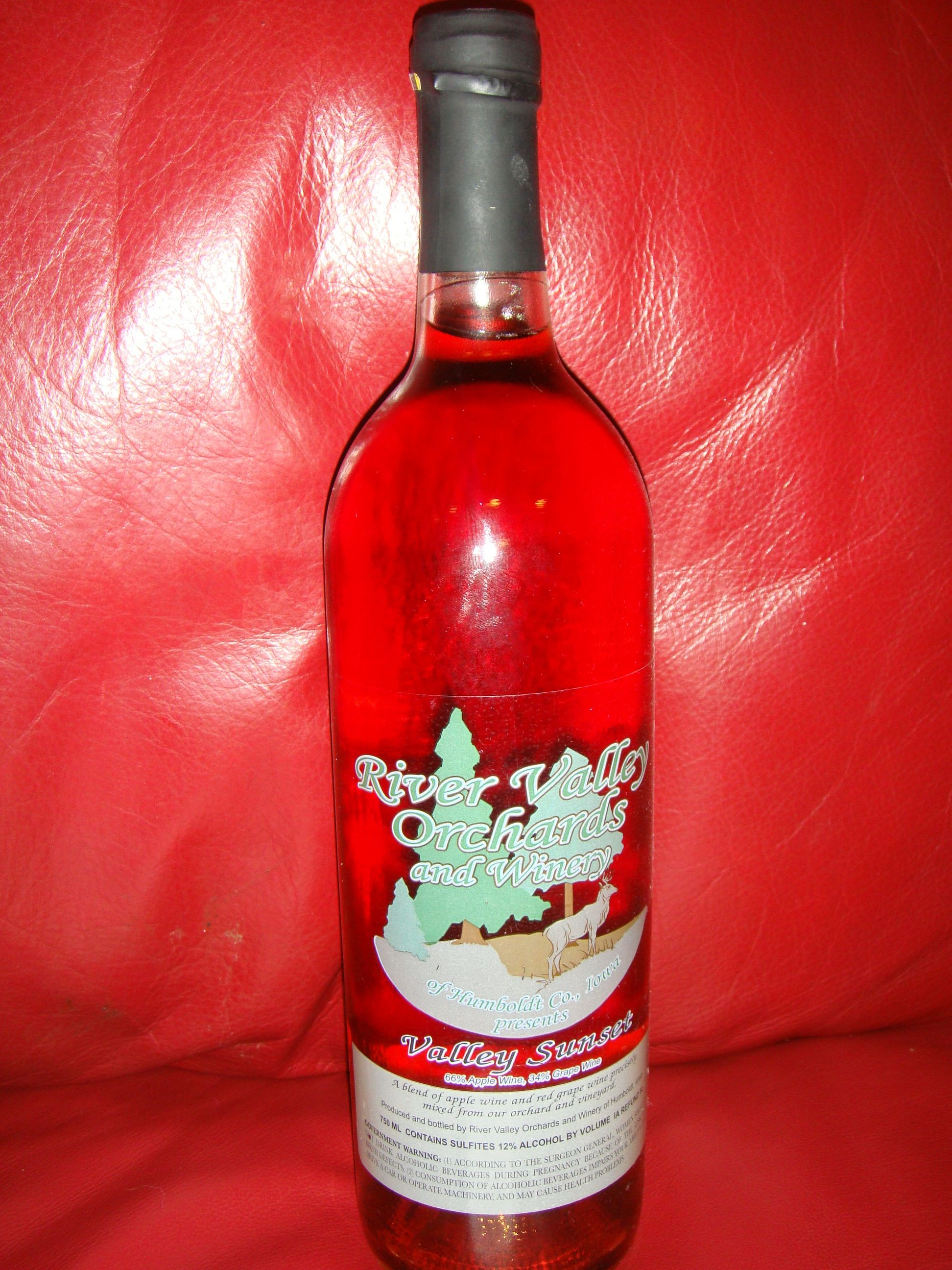 Valley Sunset Wine By River Valley Orchards And Winery In Humboldt Iowa Wine Bottle Rose Wine Bottle Distillery