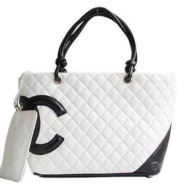 52b2c6af842f Black and White Coco Chanel purse   Pretty in Purses   Coco chanel ...