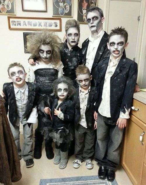 20 Best Yet Funny Family Themed Halloween Costume Ideas 2015
