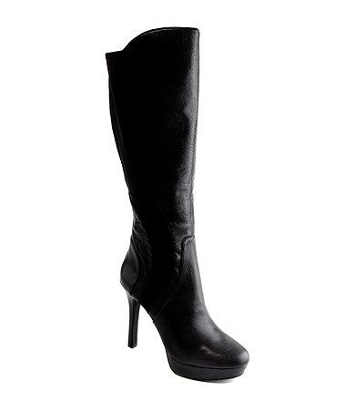 I'm not big on boots but i would wear these #GianniBini #Dillards
