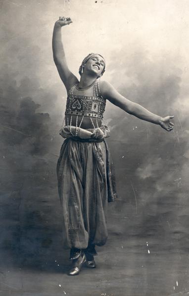 Vaslav Nijinsky in the ballet Schéhérazade, ca. 1910. Cabinet photograph by A. Bert, Paris.  Howard D. Rothschild Collection