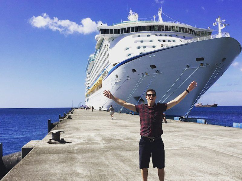 Here S What It S Really Like To Work On A Cruise Ship Biggest Cruise Ship Cruise Ship Reviews Cruise Ship