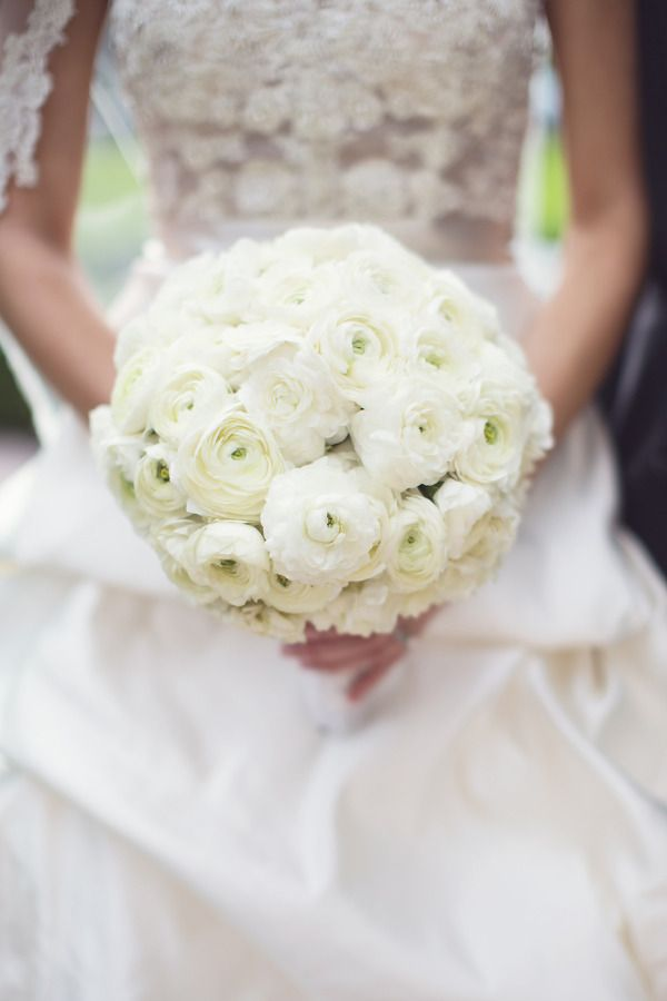 coral gables wedding at comber hall from vitalic photo - White Garden Rose Bouquet