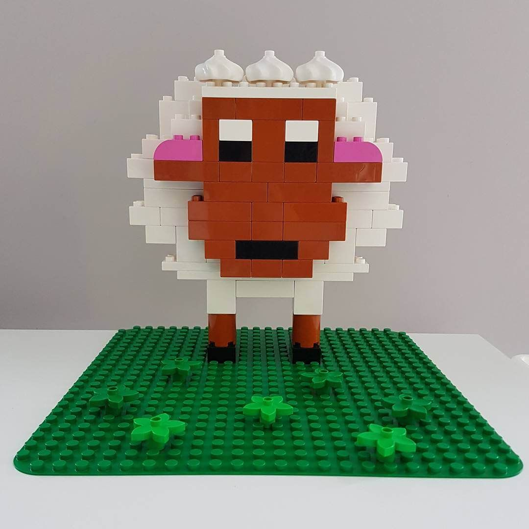 Here you can see a sheep from LEGO® Duplo that we like from BRICKaddict.de!