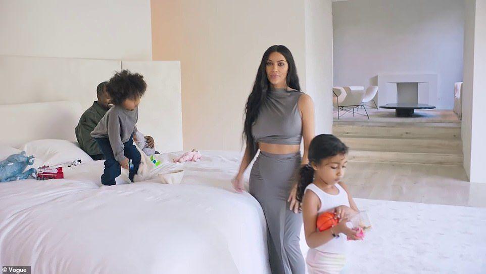 Kim Kardashian Shows Off Her Mega Mansion Kim And Kanye House Kim Kardashian Home Kim Kardashians House