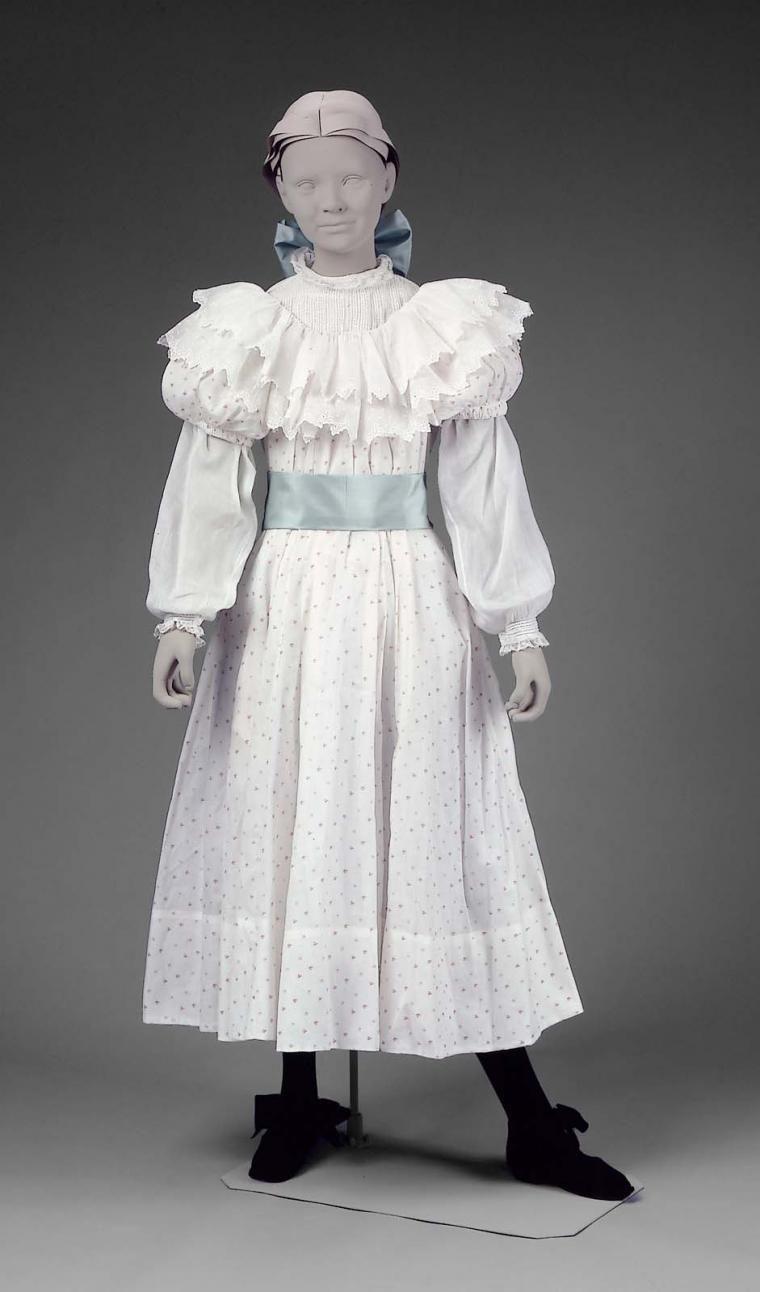 Работа девушек в 19 веке работу на дому для девушки