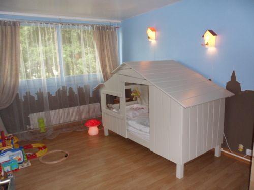 lit cabane pour chambre de petit gar on petit gars pinterest lit cabane petits gar ons et. Black Bedroom Furniture Sets. Home Design Ideas