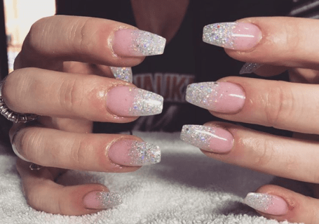 10 beautiful ombré dip powder nail designs with images