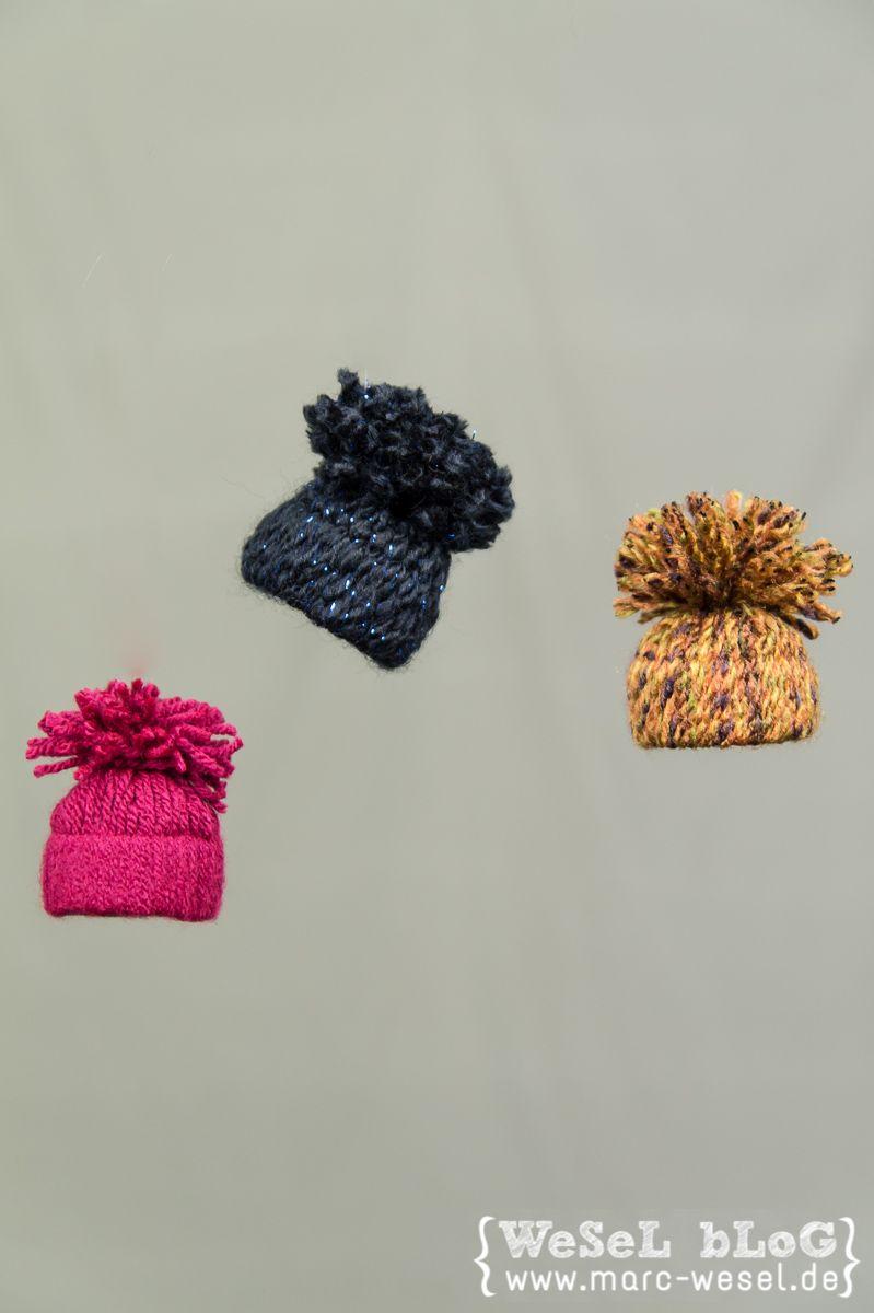 Wintermützchen - DIY Deko Pudelmützen als Deko / Fensterdeko zum aufhängen - hänge Deko als Herbstdeko oder Winterdeko