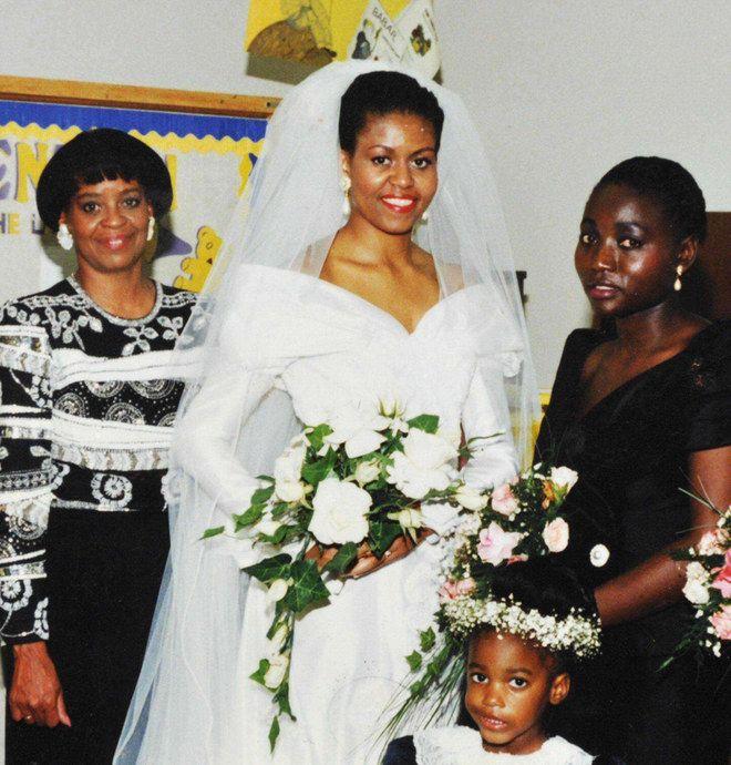 Edle Stoffe, zarte Spitze Das waren die schönsten Brautkleider - michelle obama resume