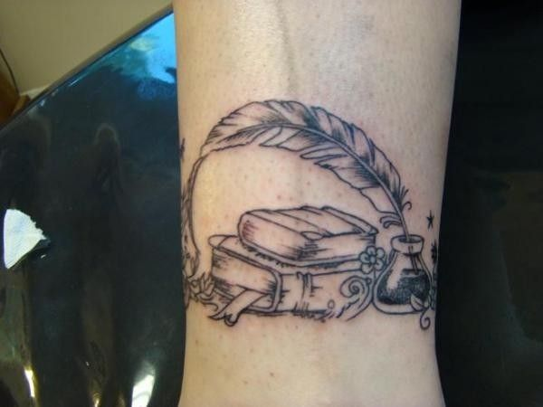 fa84d5c61 18 Ephemeral Tattoos For Booklovers   Tattoos   Quill tattoo, Book ...