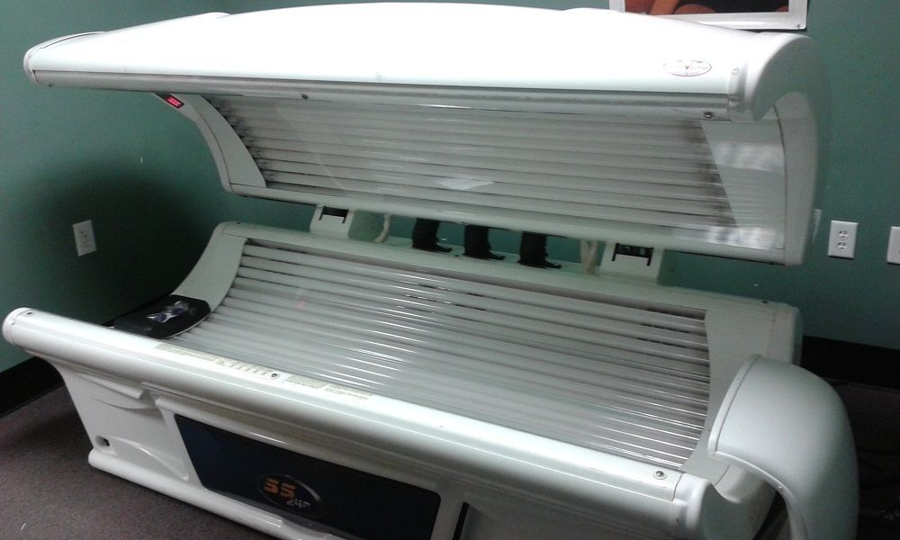 Tanning Bed Sundash Commercial 40 Lamps With Body Fan