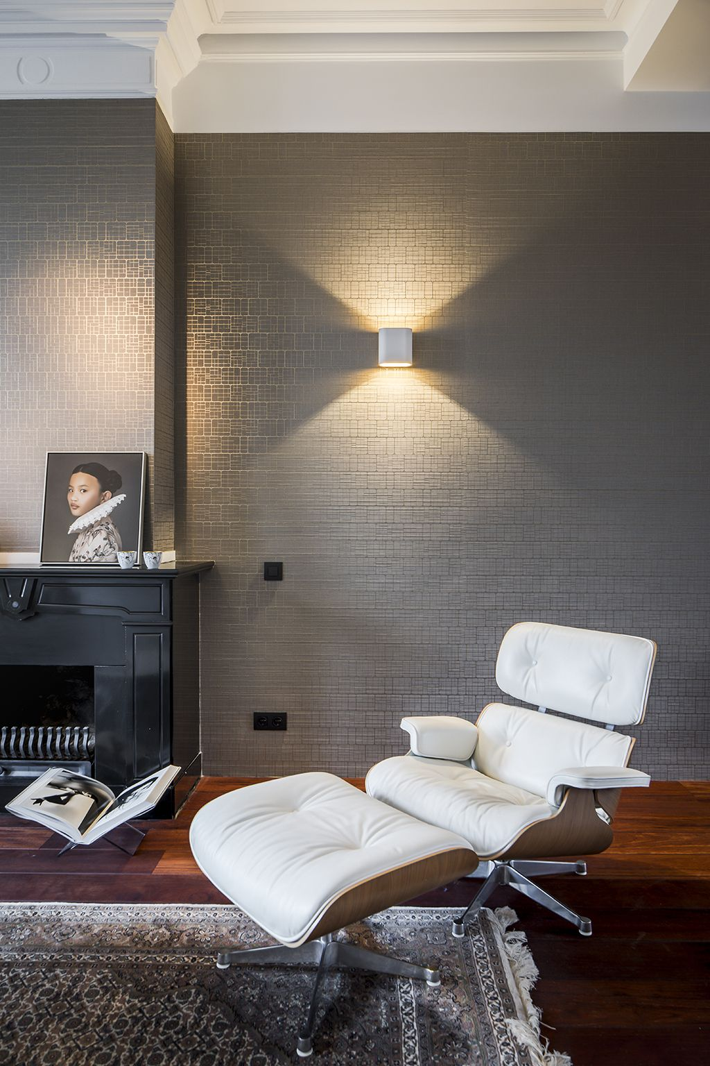 Our Supermodular Duell Lighting At A Private Residence In The Hague The Netherlands Living Room Lighting Architectural Lighting Fixtures Residential Interior #unique #living #room #lighting