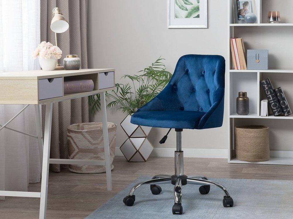Chaise A Roulettes En Velours Bleu Parrish En 2020 Velours Bleu Chaise Mobilier Bureau