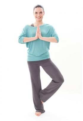 Bamboo Raglan Sleeve T In Sky Yoga And Pilates Clothes From Asquith