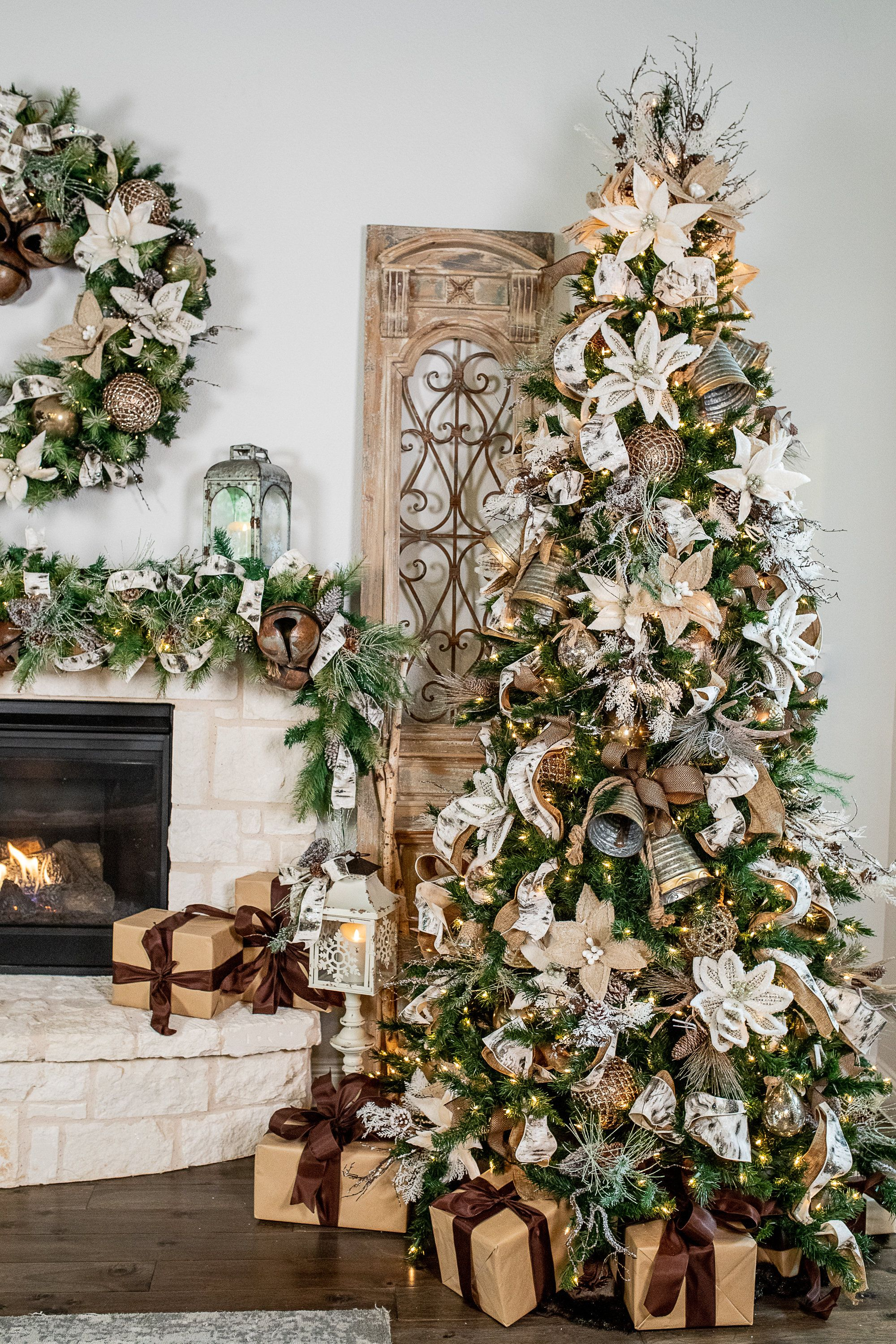 Top Trends In Christmas Home Decor For 2020 Decorator S Warehouse In 2020 Christmas Tree Themes Woodland Christmas Tree Farmhouse Christmas Decor