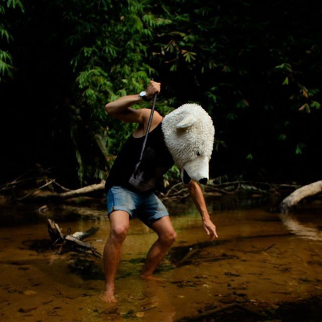 In the jungle ! #Pauliebeer #malaysia #jungle #hunting #howtosurvive