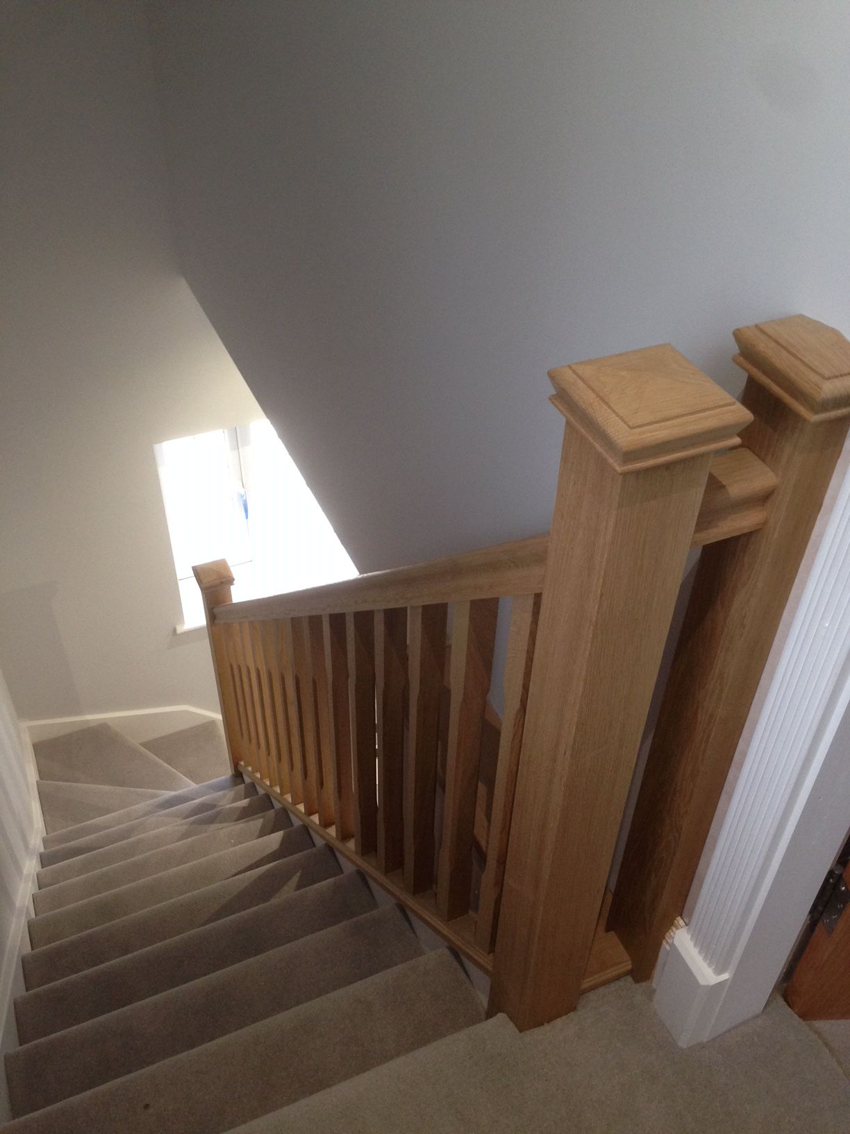 Best Oak Handrail Spindles Newel Posts And Caps With Images 640 x 480