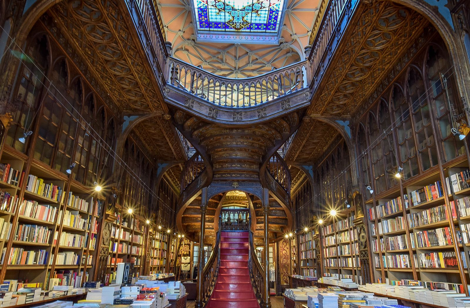 The Porto Bookstore That Inspired Harry Potter S Hogwarts Tips For Visiting Harry Potter Library Porto Harry Potter Hogwarts