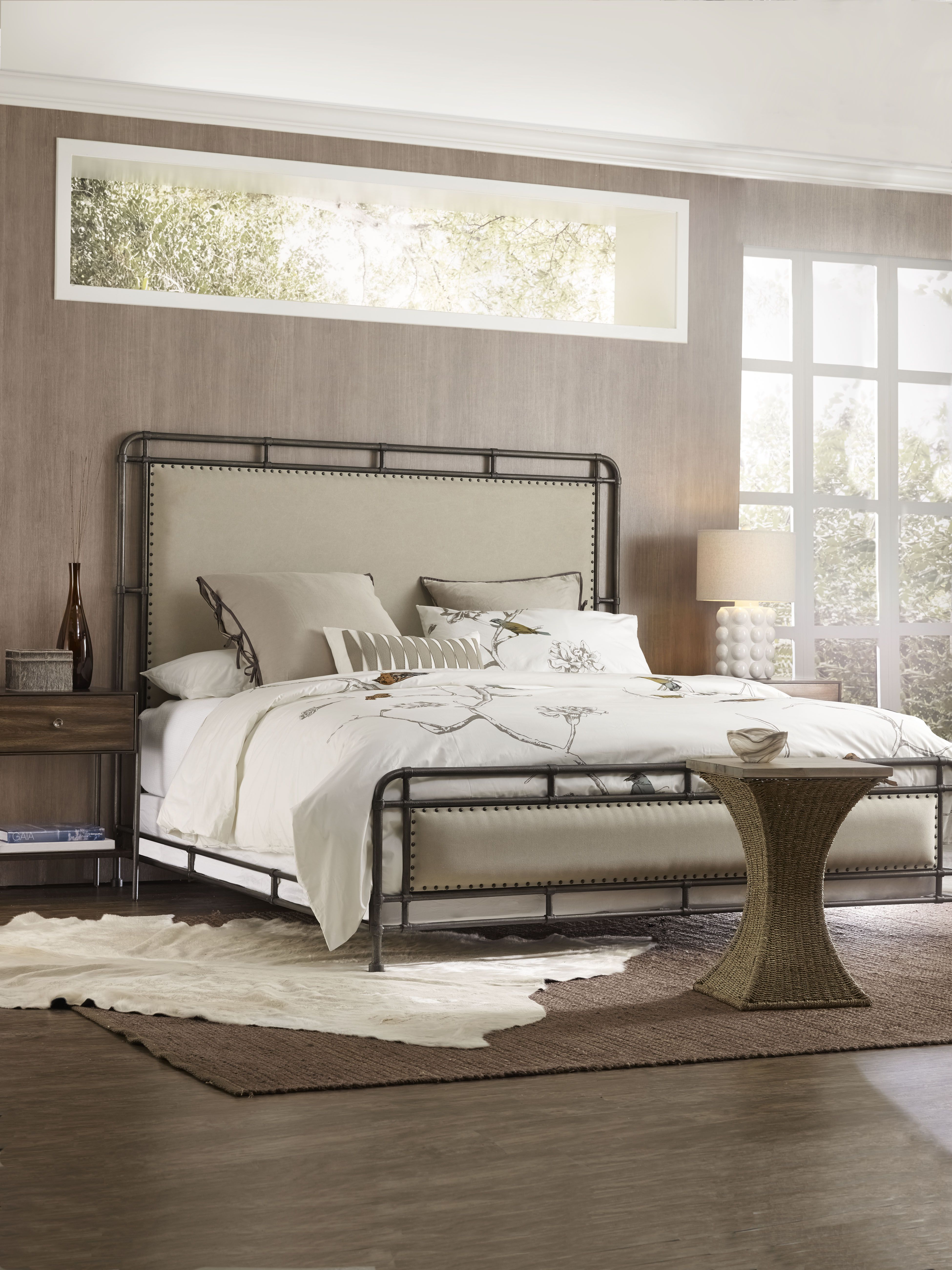The Studio 7H SLUMBR Queen metal upholstered bed
