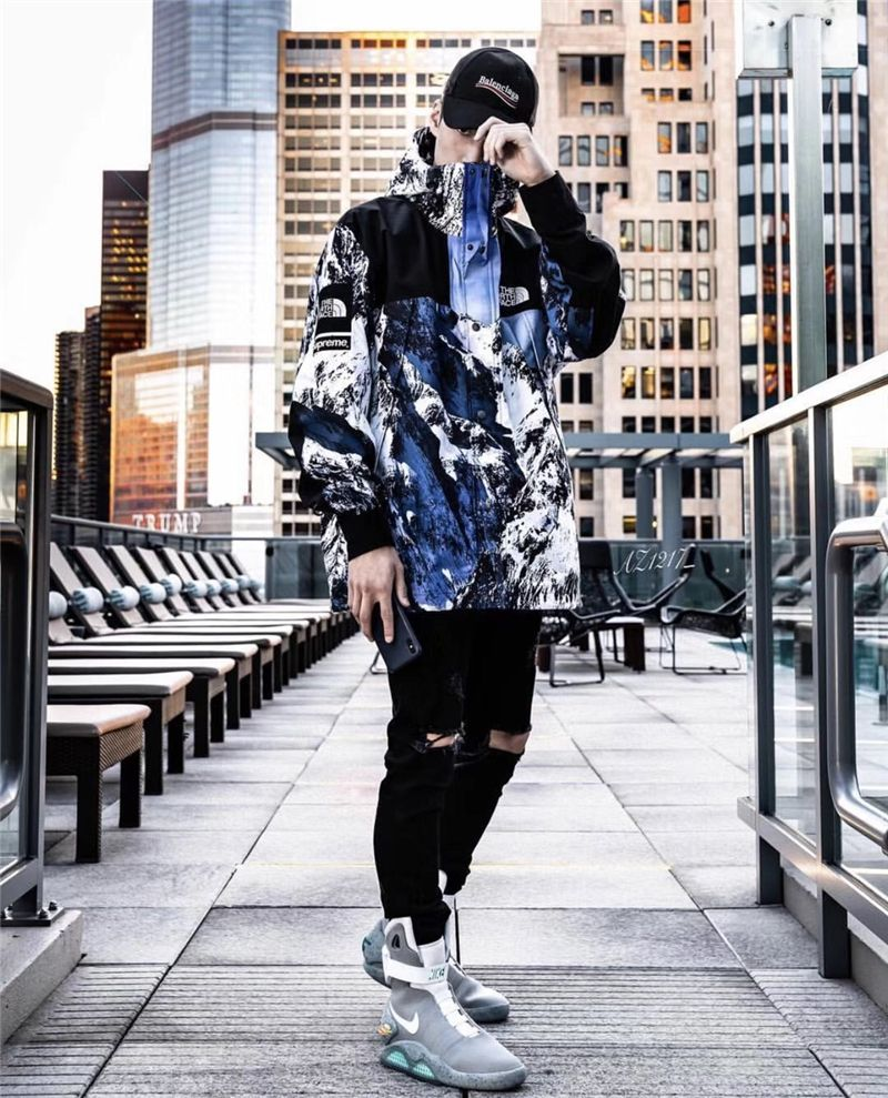 3f679468 Supreme TNF mountain parka free shipping   Supreme Hoodie in 2019 ...