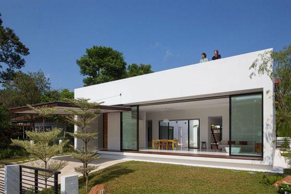 Mandai Courtyard House par Atelier M+A Courtyard house - plan d une belle maison