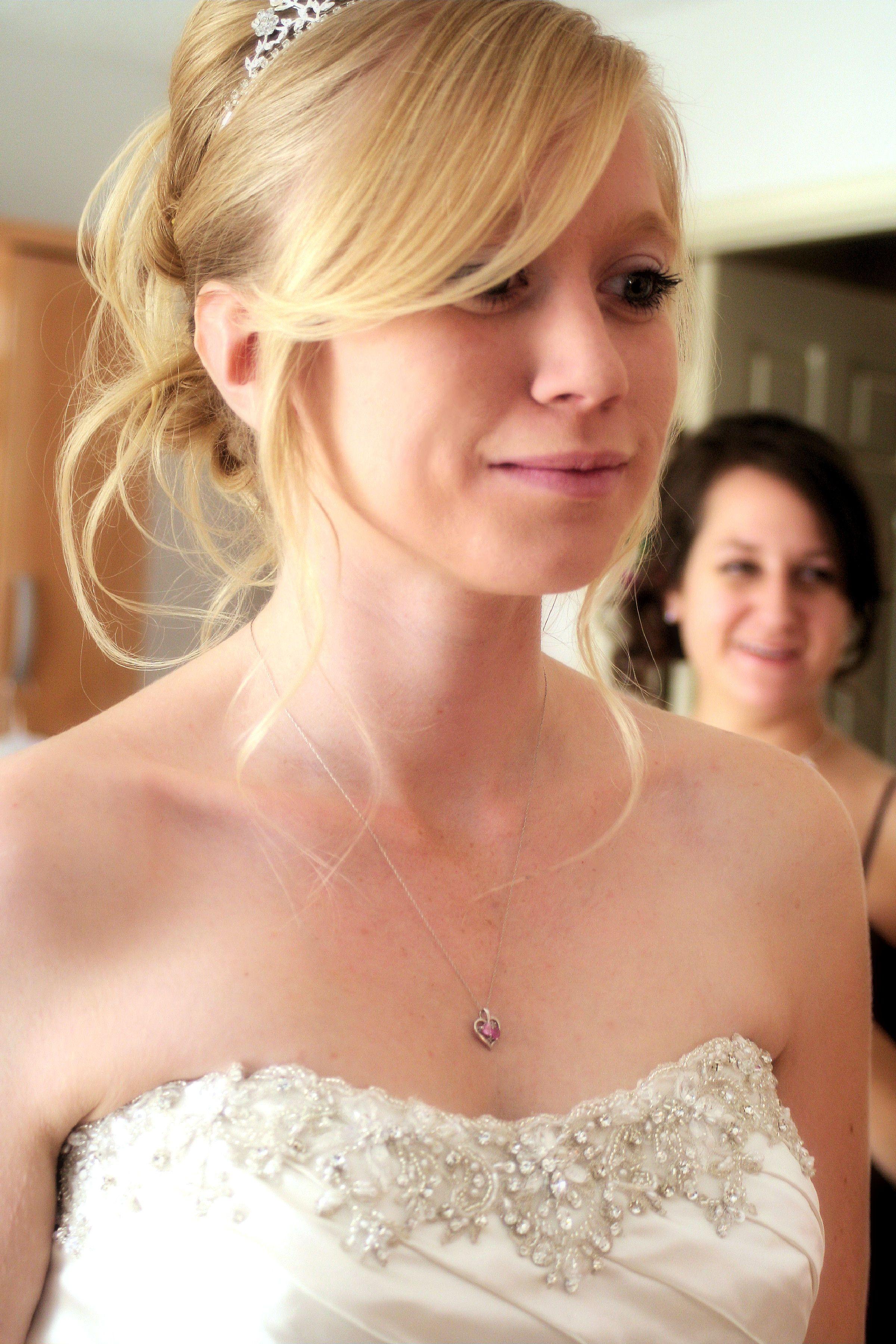 Gorgeous bride!   Gorgeous bride, Bride, Strapless wedding