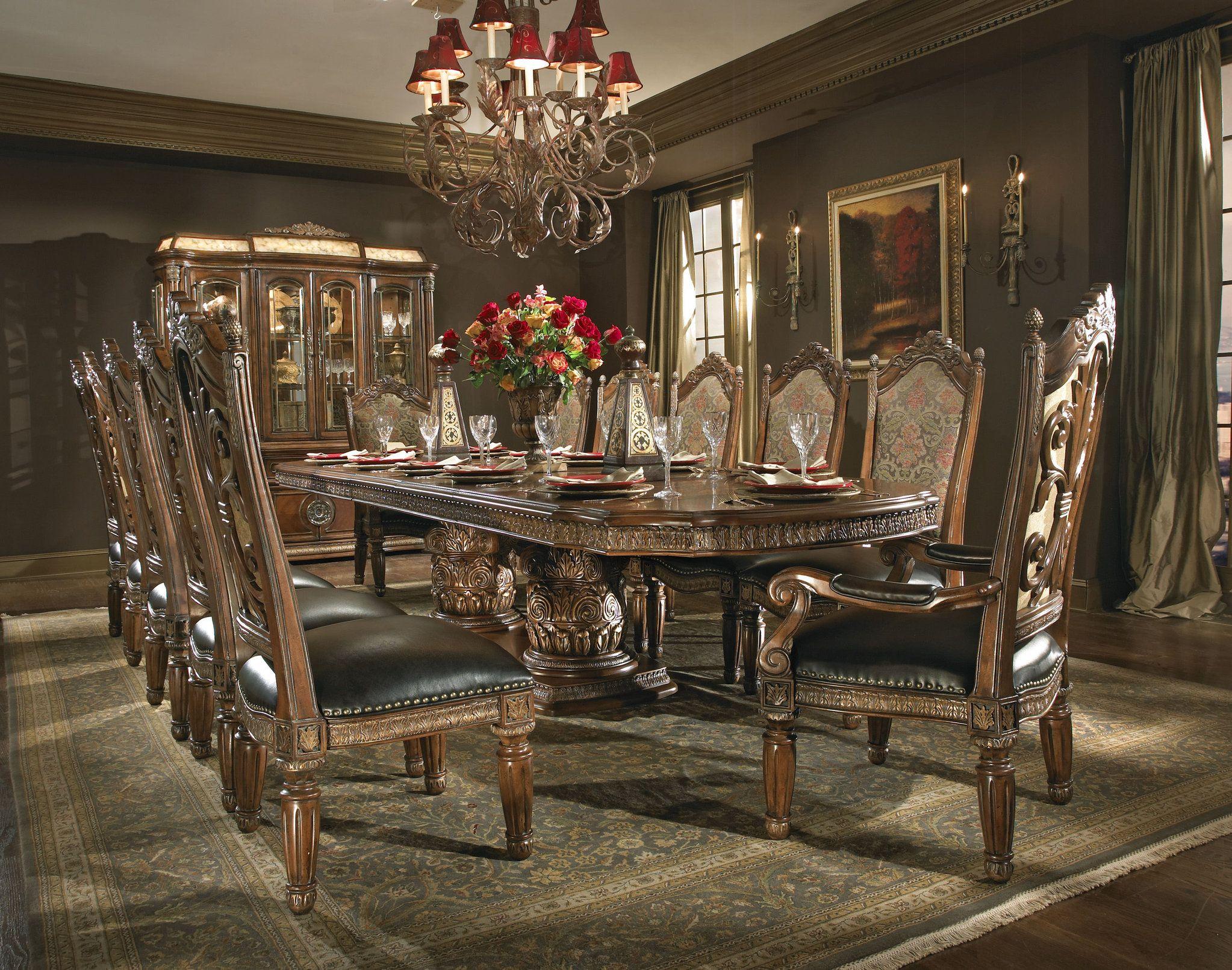 The Villa Valencia Formal Dining Room