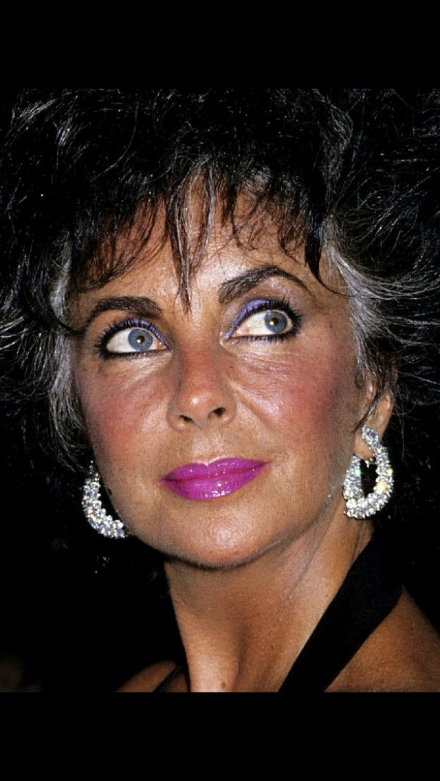 Elizabeth Taylor For Those Who Say They Ve Never Heard Of Violet Eyes Once In A Lifetime Elizabeth Taylor Jewelry Elizabeth Taylor Violet Eyes