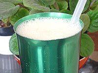 Receitas - Refresco de coco com banana - Petiscos.com