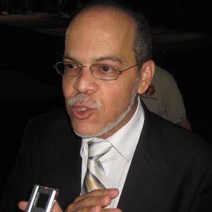 COMUNIDAD CRISTIANA EJEMPLAR: Pastor Miguel Núñez vida y Obra